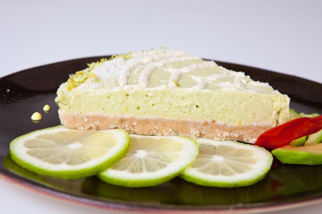 4---tortino-crudista-di-avocado-e-limone